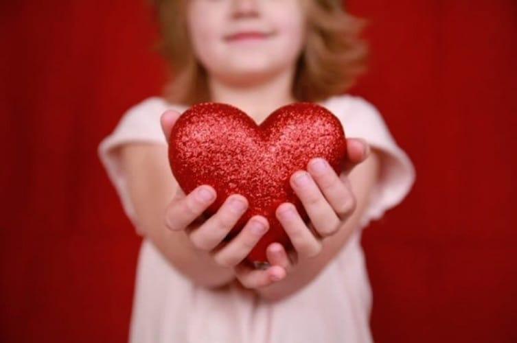Позвольте биться детским сердцам