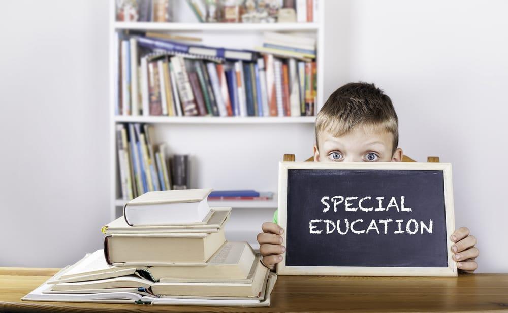 Личный опыт: как закон об инклюзивном образовании дискриминирует детей с особыми потребностями.
